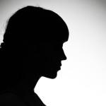 Anonimato e coragem de uma mulher